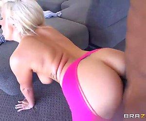 Yoga instructor Layla Price got anally fucked