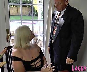 Lacey Starr ratsastaa anaalisesti