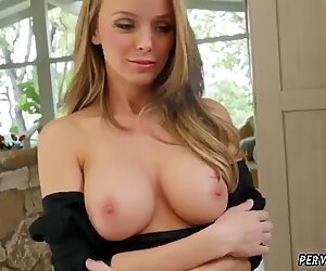 Teen muscle girls Jane Doux in When Father Is Away Stepmom Will Play