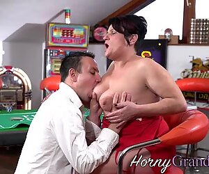 Granny gets mouth spunked
