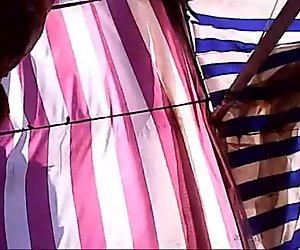 Upskirt Mature on street! Amateur hidden cam!