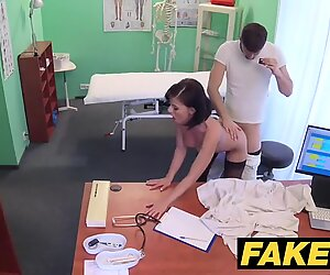 Fake polyclinic Czech doctor cums over crazy cheating wifes cock-squeezing pussy