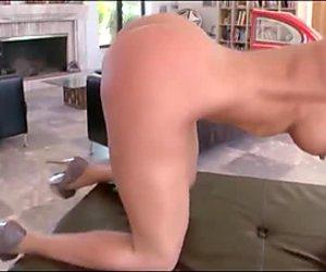 Ф.ј анални секс дубока пенетрација фуцк курва