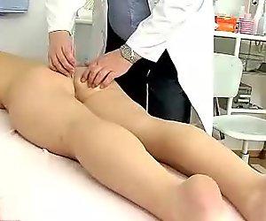 Czech babe Carmen Blue gyno pussy dilator exam