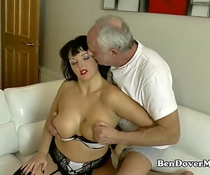 English milf gags on ben Dovers rod