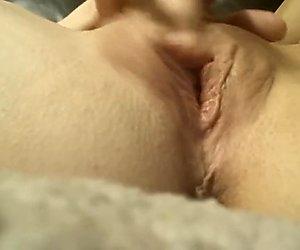 Przyłapane na masturbacji