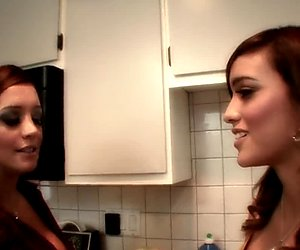 Busty MILF teaches young brunette how to cook