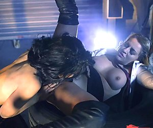 Sienna Day and Rina Ellis clit slit slurping hot action