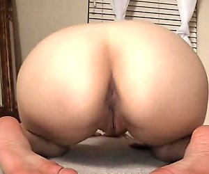 Lelu Love-Southern Accent Twerking Ass And Tits Striptease