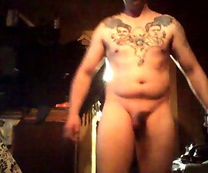 Masturbation et éjaculation faciale webcam
