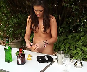 Emily Cooking in The Raw Season 2 Episode 7 Preview