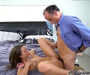 Emo companion s step daughter and tv dad   xxx Liza and Glen hammer the bases - Liza Rowe