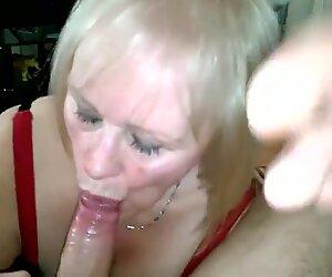 Erittäin söpö isoäiti mukava suuseksi-työ