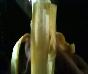 Banana Deep Throat