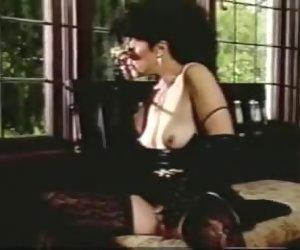 Ona Zee classic scenes