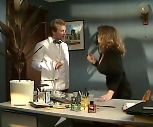 Tracey Adams - Office HD