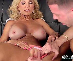 Horny Mature Whore Enjoys Vagina Drilling