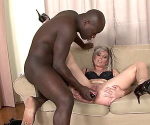 Black and White - BBC Cum drinking Slut Likes big black cock