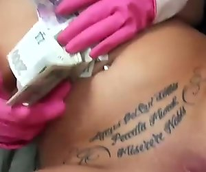 Money for ass flashing in public