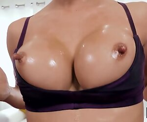 18 yo ho isot tissit & nips casted in karvainen pussyreport this video