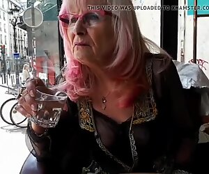 Mamie Sexy A Pigalle Son ACC Bit.De /Ta3t - Alina A