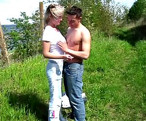 Casual Teen Sex - Casual bang on the river bank
