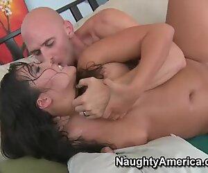Chubby Asian whore London Keyes fucks big American dick