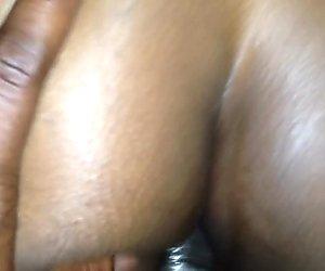 Ebenholz bbw kann seinen riesigen Penis nicht nehmen