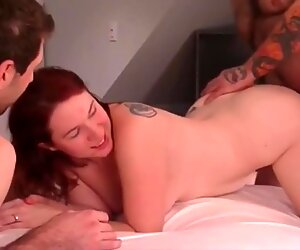 HUSBAND KISSES WIFE DURING CUCKOLD THREESOME FUCK