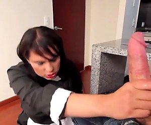 Transu saa anaali vitun kun hän runkkaukset pois hänen leikkaamaton kulli