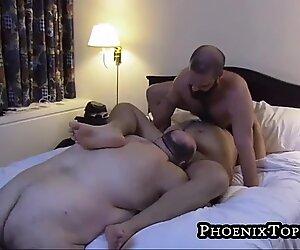Big beard otter blowing cock during bear threesome