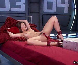 Hairy pussy brunette bangs machine