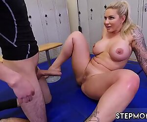 Dominant MILF Gets A Creampie After Anal Sex - Ryan Conner