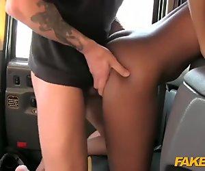 Fraud cab driver fucked ghetto passenger