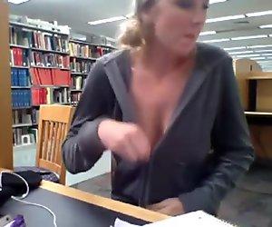 Kendra Sunderland Masturbating In Oregon Public Libary