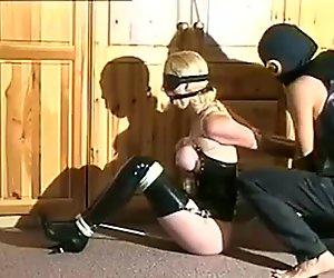 业余绑缚与调教,打屁股与美人奴隶alexa