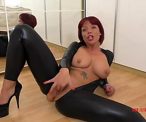 German redhead JolyneJoy played so sloppy in a Catsuit